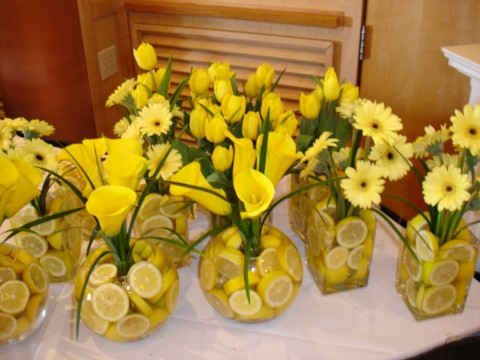 daisy flower centerpieces for weddings